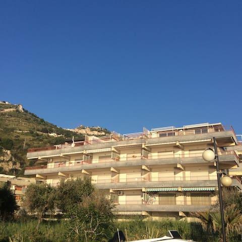 Baltimora Palace 46 - Sant'Alessio Siculo - Wohnung