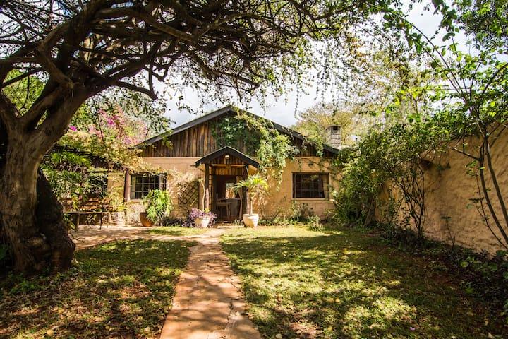 Heather's Cottage - Nairobi - Pension