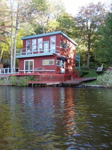 Entire Cabin on Crooked Pond Cabin - Plainfield - Cabane