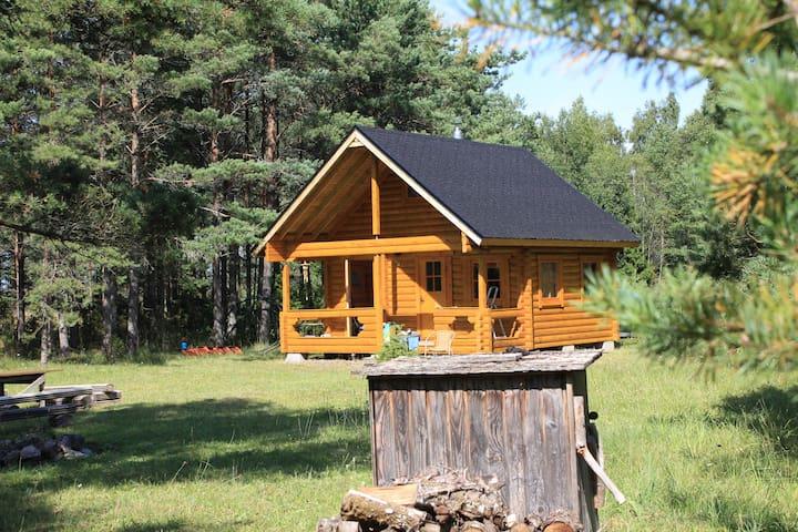 Cozy and private getaway in Saaremaa - Mujaste - Hus