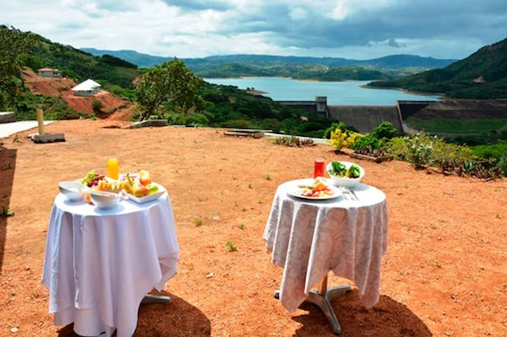 Luxury cabins with great view over Inanda dam lake - Hillcrest - Stuga