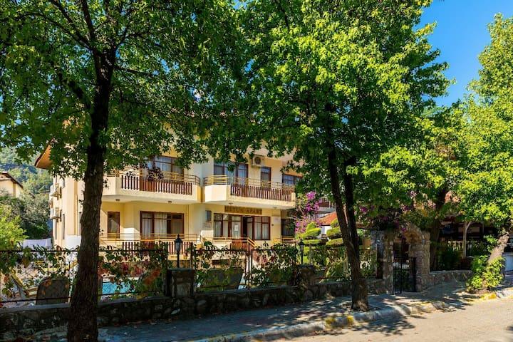 Aile Apartı,heryere yakın,sakin,huzurlu,temiz - İçmeler Belediyesi - Departamento