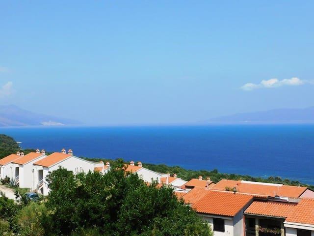 Brnistra - beautiful view of the sea - Ravni - Apartamento