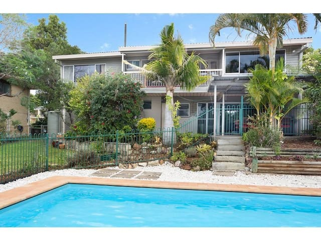 Beautiful house with Mount Coot-Tha view room 1 - Kenmore - Casa