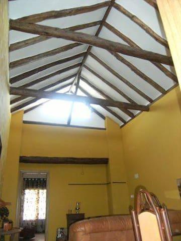 Casa en pueblo manchego. - Villarrubia de Santiago - Ev