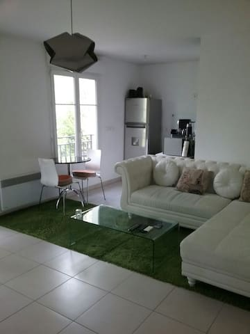 Bel appartement ensoleillé au calme - Fontenay-sous-Bois - Huoneisto
