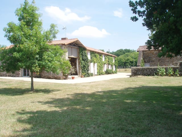 Logement entier à la Jaudonnière - La Jaudonnière - Natur lodge