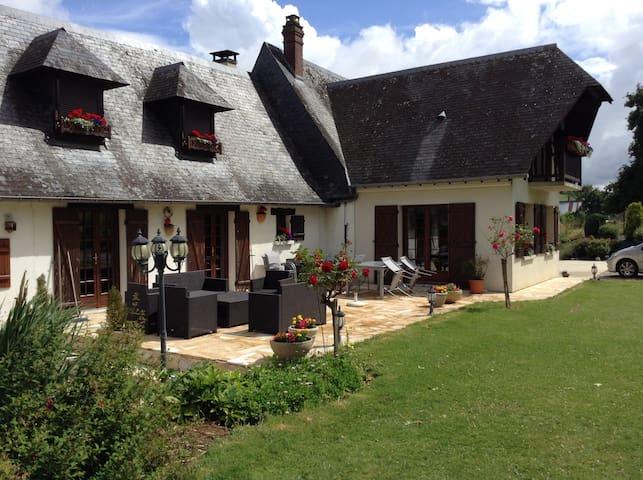Maison de charme de la vallée de l'Yères - Fallencourt - Huis