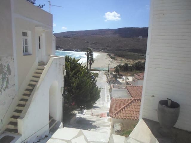 Cosy Hora house with beach view - Andros - Ev