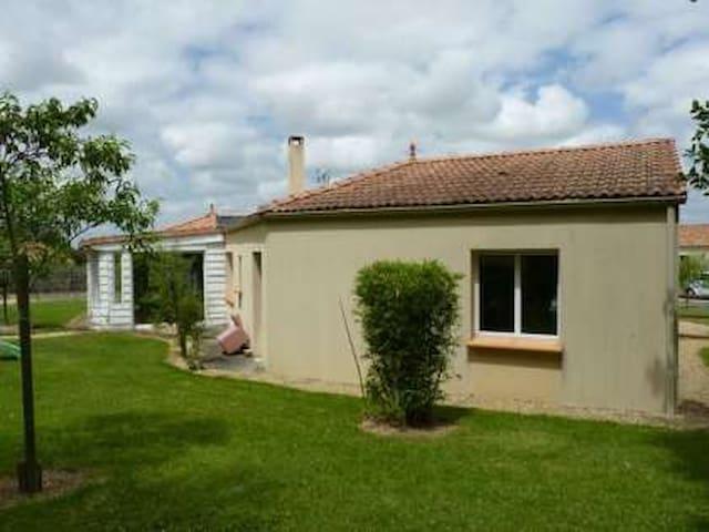 Maison proche du puy du fou & 50' de la mer - Mesnard-la-Barotière