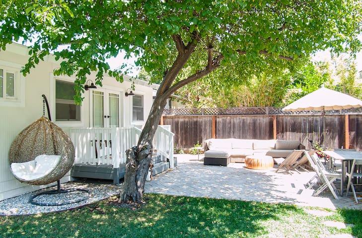 Sugarcube: Cozy Palo Alto studio cottage - Palo Alto