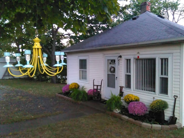 Little White Cottage - Williamstown - Gästhus