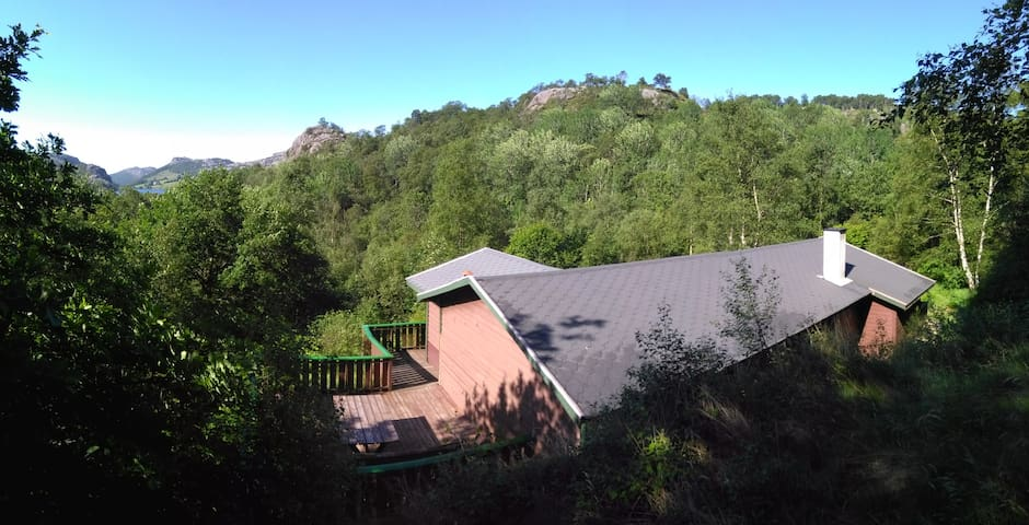 Newly renovated cabin in the middle of nature - Eigersund