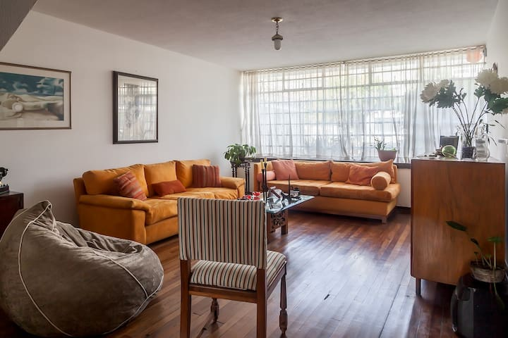 Large room in Bogotá -Santiago's Place C1 - Bogotá - Hus