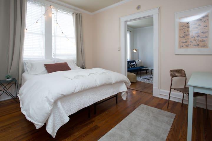 Peaceful apartment perfect location - 薩凡納 - 公寓