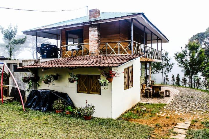 cabaña romantica y familiar - El Guarco