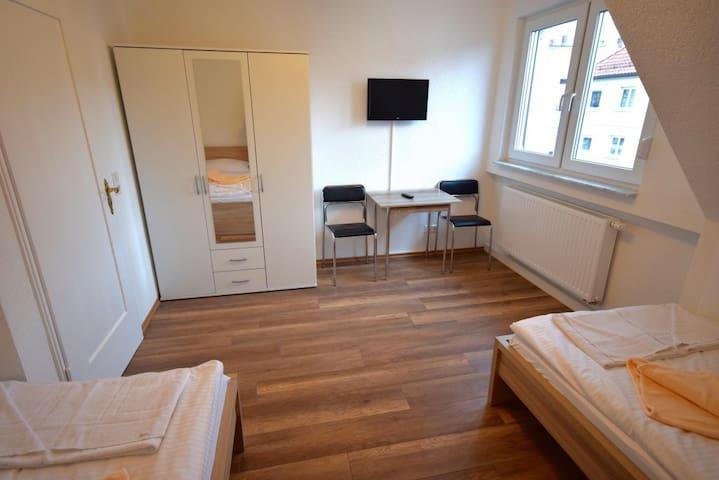 AB Apartment Objekt 70 - 3 Zimmer Bad Cannstatt - Stuttgart - Daire