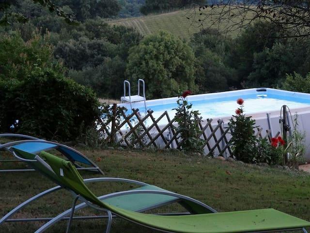 La Maison d'hôtes face aux Pyrénées - Loubieng - Bed & Breakfast