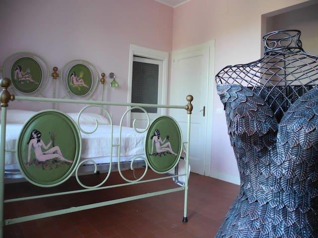 UN SOGGIORNO IN CAMPAGNA - Montottone - Bed & Breakfast