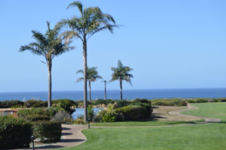 Seascape Resort Villa - Ocean Views - アプトス - 別荘