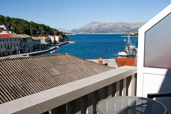 One-Bedroom Apartment with Balcony and Sea View 131 - Povlja - Wohnung