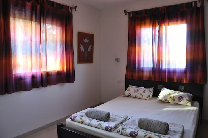 Cottage by the Stream - Qiryat Shemona - Apartamento