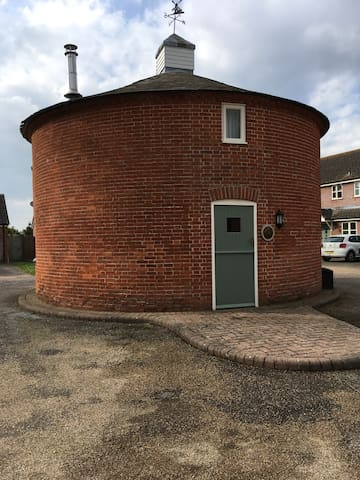 Round House in the heart of village - Walsham-le-Willows - Hus