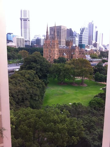 Best Location in Sydney with Cathedral view - Sydney - Huoneisto