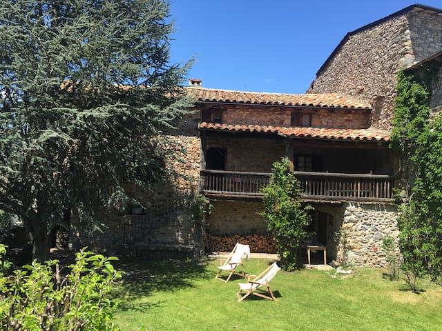 Casa con jardín Cerdanya - familias - Bellver de Cerdanya - Hus