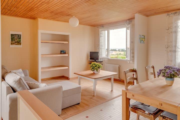 Gîte cocooning et paisible, avec vue sur mer - Saint-Nic - Apartemen