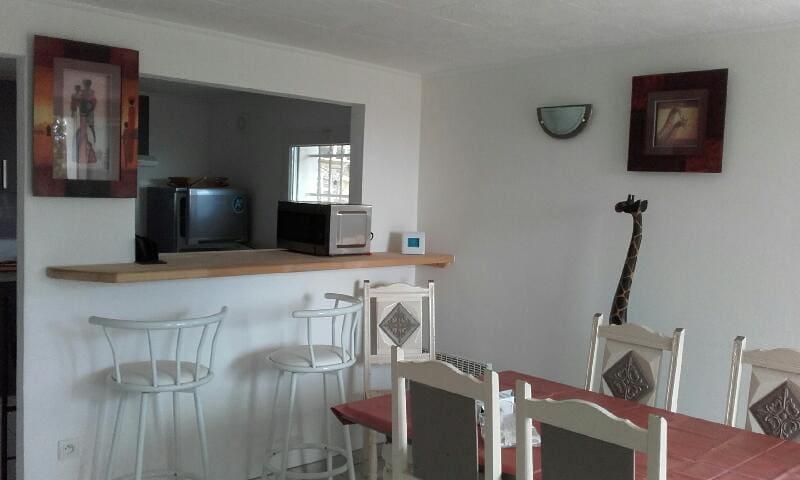Joli 2 pièces cosy vue imprenable - Beauvoisin - Lägenhet
