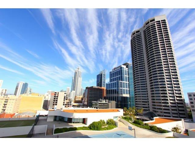 2 Beds Perth City Apartment w Carpark+Spa+Gym - 珀斯 - 公寓