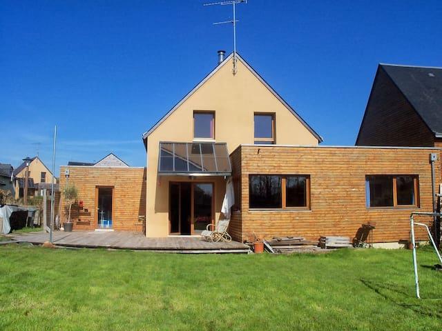 Agréable maison à la campagne - Langouet - Huis
