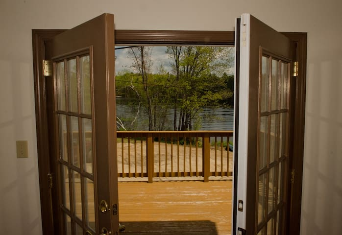 Lake front home on Ossipee Lake. - Freedom - Дом