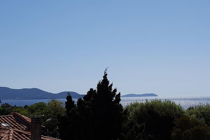 Studio bord de plage,vue mer au Mourillon-Toulon - Tolón - Departamento