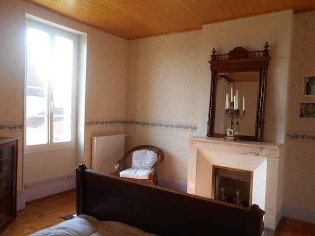 chambre dans une maison de maître - Montagnac-sur-Auvignon - Ev