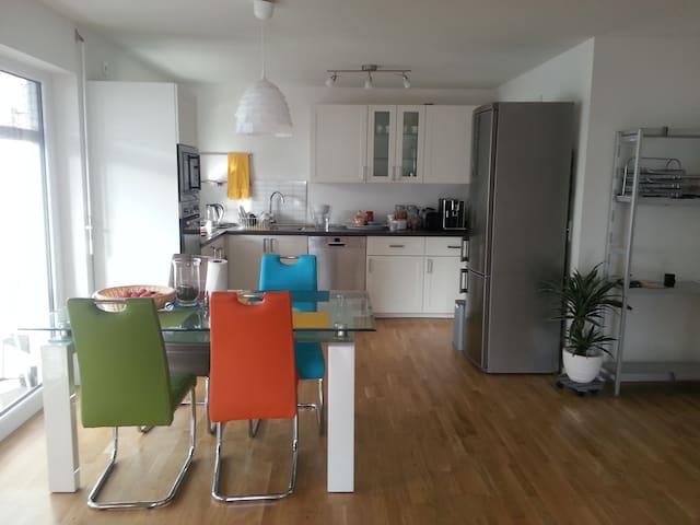 Sindelfingen/Stuttgart 2 single bedroom apartment - Sindelfingen