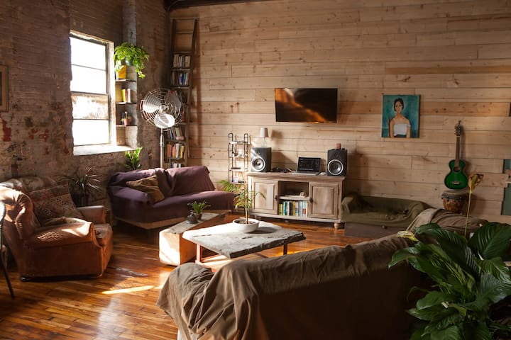 Beautiful 2,000sf Shared Loft w/ Private Roof Deck - Philadelphie - Loft