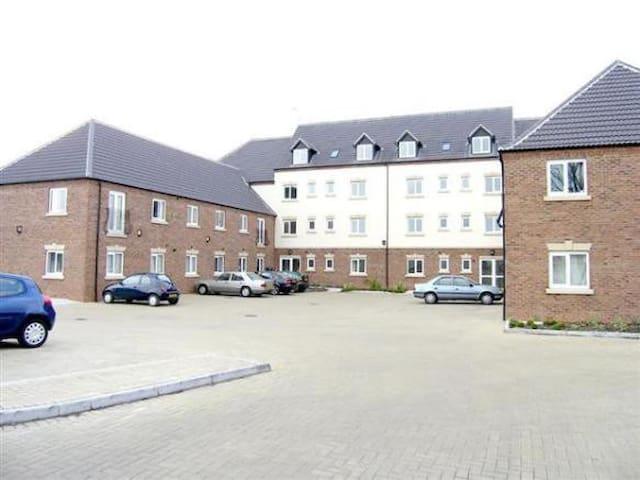 2 bedroom flat. Bedrooms with Ensui - King's Lynn - Apartmen