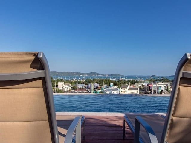 New condo, Seaview Rooftop Pool 09 - Chalong