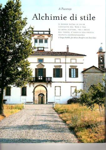 serra nel parco di antico convento - Vigolzone - Casa