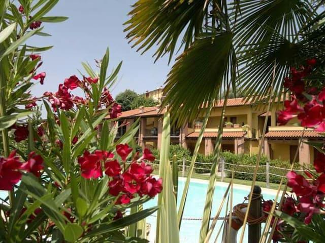 Località stupenda ( Lake Garda ) - Portese, San felice del benaco - Lägenhet