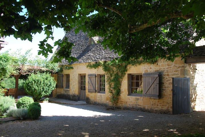 Fairytale French Farmhouse - Marquay - Casa