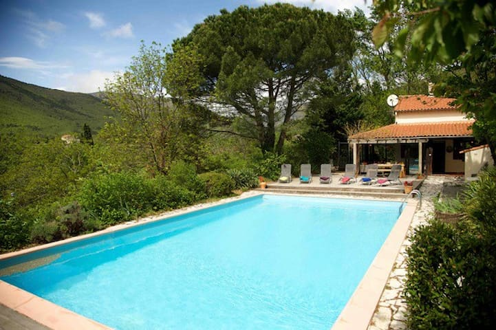 Wonderful Villa with large pool in the countryside - Prades - Villa
