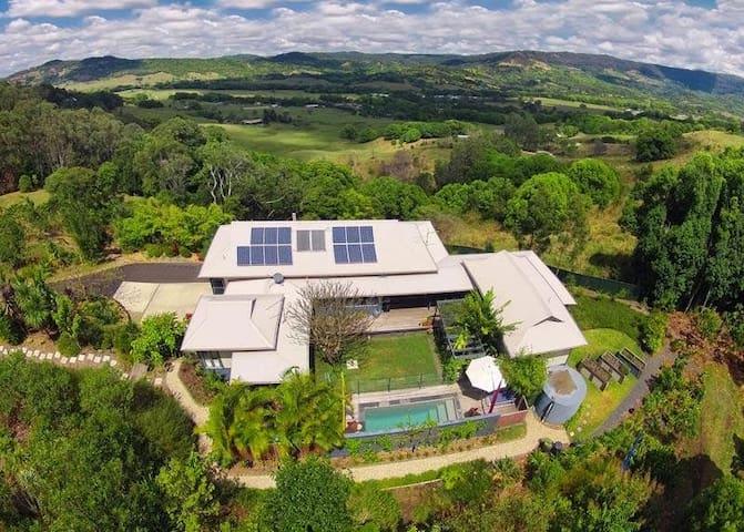 Luxury Byron Hinterland ideal for Blues Festival - Mullumbimby Creek - Lägenhet