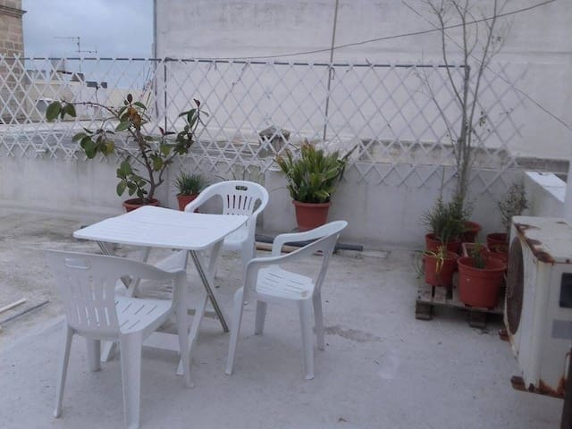 Studio Apartment with Private Bathroom and Kitchen - Rabat - Overig