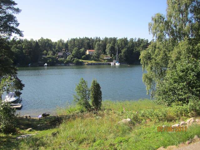 Swedish summerdream on Vätö in Roslagen - Norrtälje N - Houten huisje