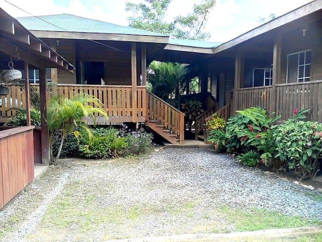 Cabaña # 3 Roatán Green Cabins (1 Habitación) - Roatan