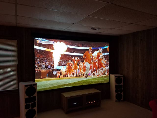 Friendly Neighborhood Game Day Apartment - Clemson - Appartement