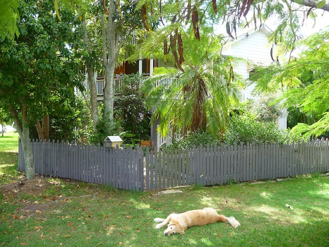 Your Sanctuary in Manly (Lota) - Lota - Hus
